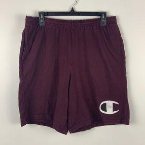 Champion Essential Marron Shorts!